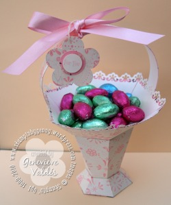 Pedestal basket with chocolate eggs