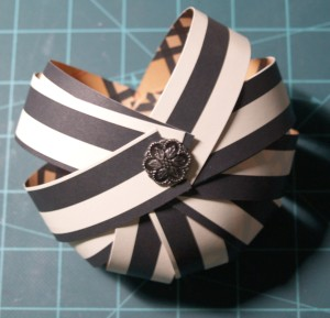 Paper strip pumpkin tutorial